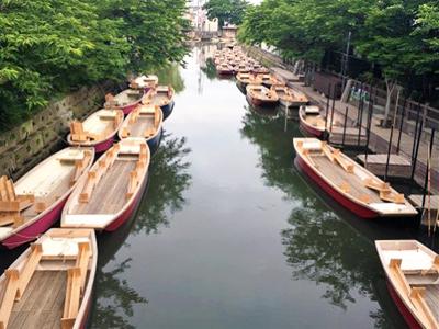 観光名物「柳川下り」